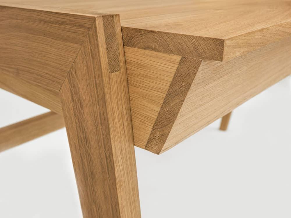 Biurko drewniane z litego drewna z szufladą
