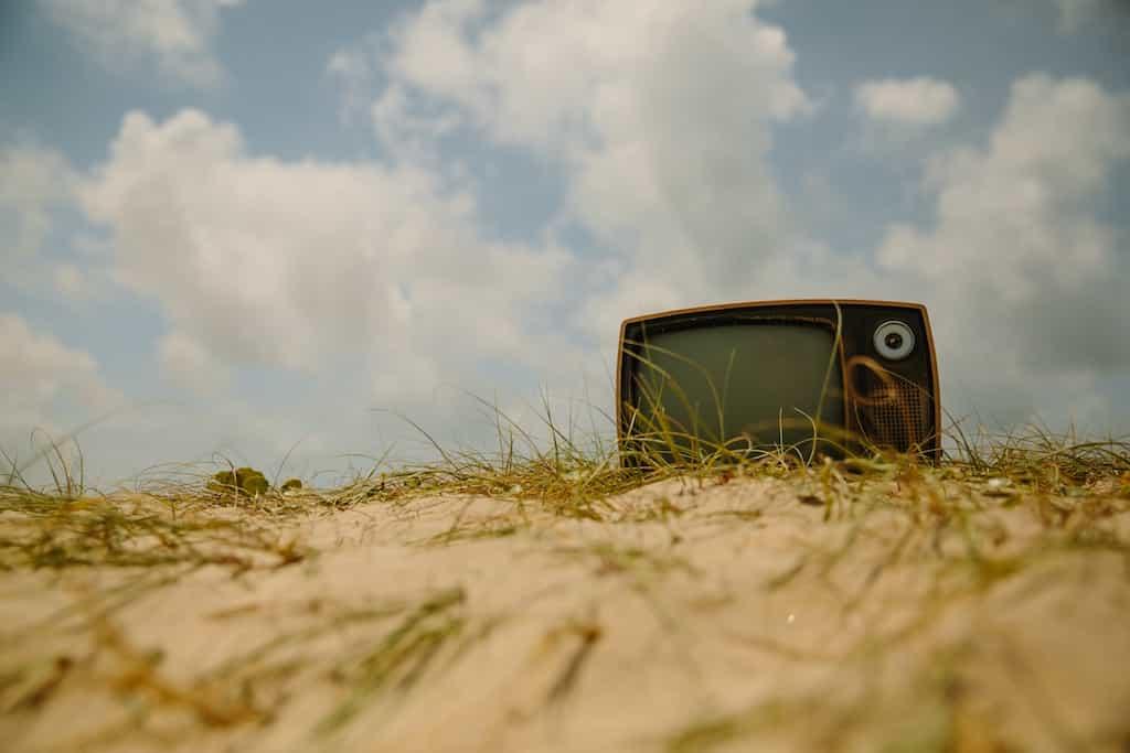 Komoda pod telewizor drewniana