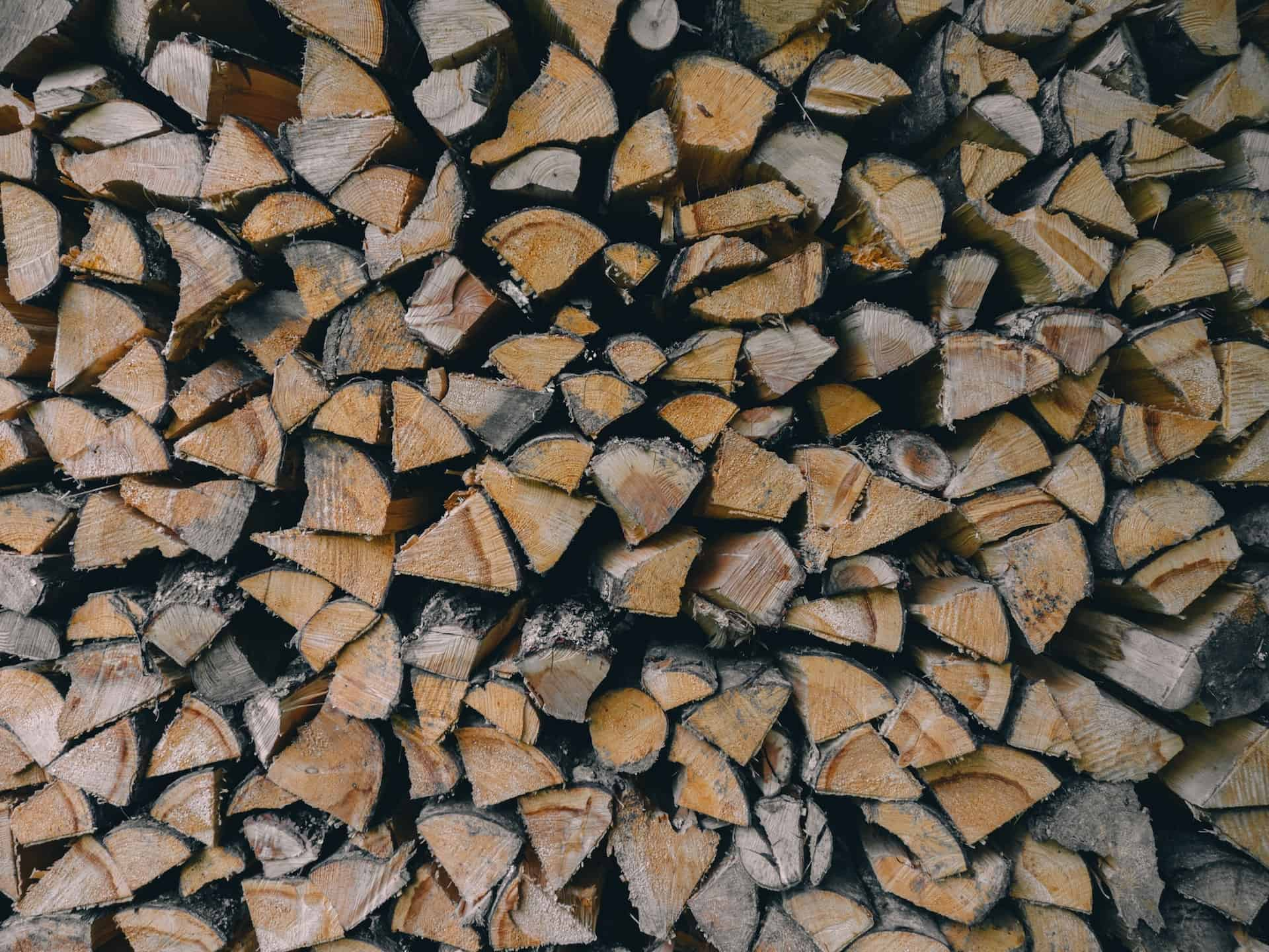 Meble z litego drewna - nowoczesne
